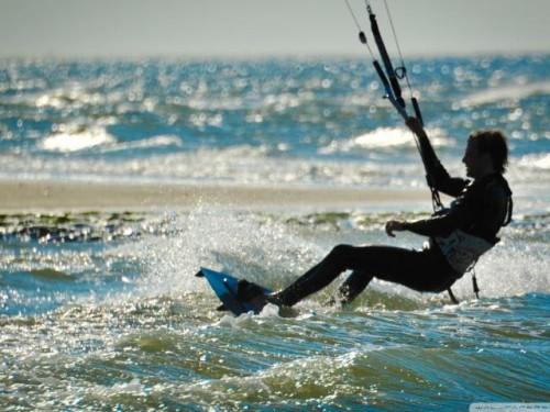 021-Kite-Surfing