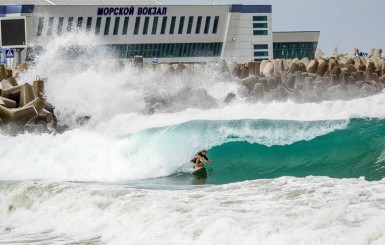 34-Surf-in-Sochi