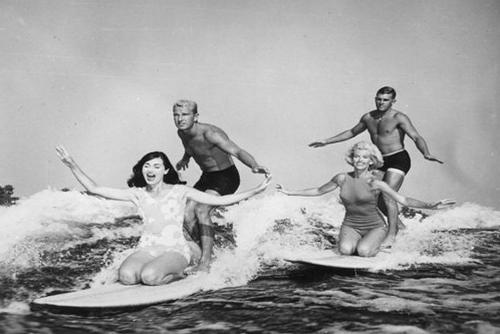 Серфин самый популярный вид спорта в Австралии